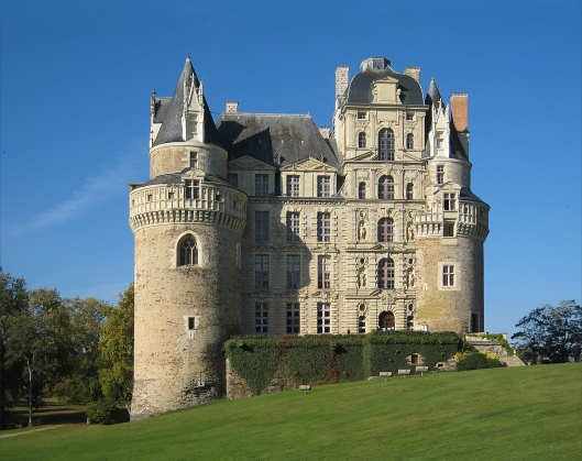 Castle_Brissac_2007_02